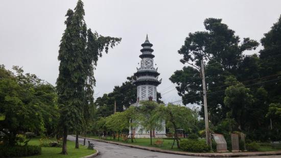 Hansaah Guest House: Une vue du Lumphini park, à 10 mn d'Hansaah