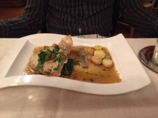 Bourgvilain, France : Dinner