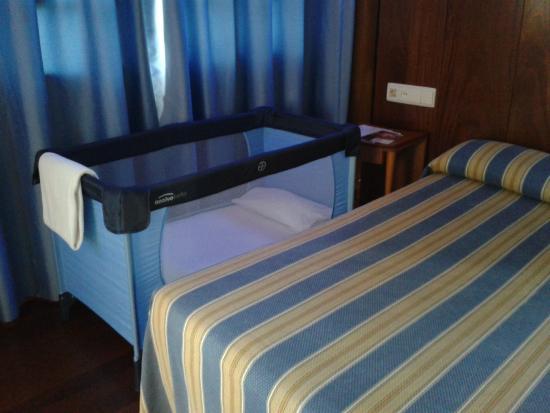 Hotel Castillo de Gauzón: Cuna