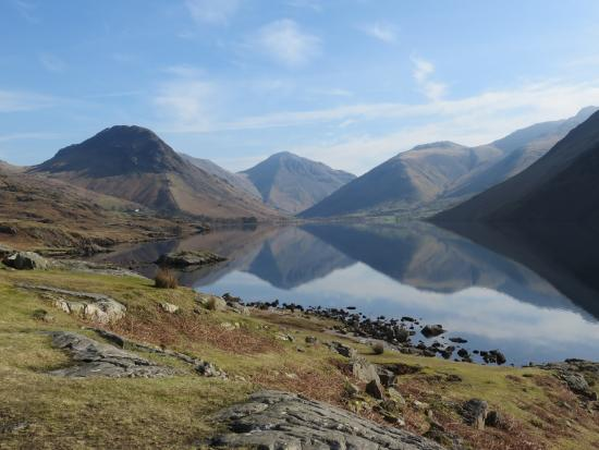 Wasdale Head, UK: Britain's favourite View: Great Gable and Wast Water