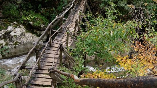 The Erma River Gorge: Bridge over Erma Gorge