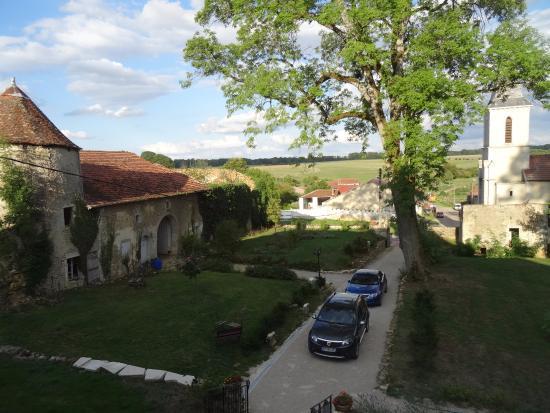 Chateau de Roncourt : panoramic view