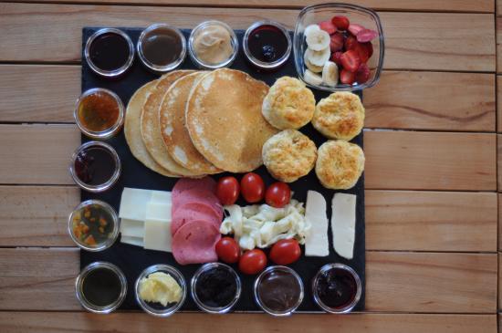 Kavanoz Pancakes & Biscuits