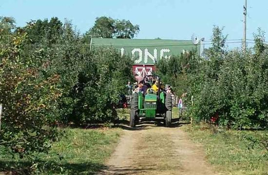 The Transportation In And Out Of Long S Orchard Picture Of Long Family Orchard Farm And Cider Mill Commerce Township Tripadvisor