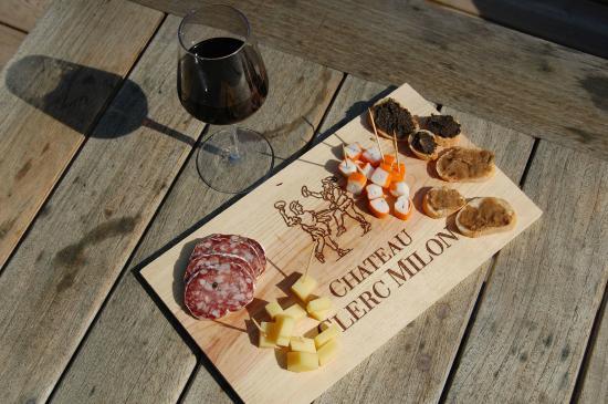 Saint-Christoly-Medoc, Frankrijk: estampe charcuterie fromage 5€