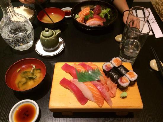 Koetsu: Menu sumo (sushi/sashimi + brochettes)