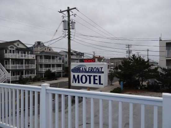 Ocean Front Motel: The Motel sign