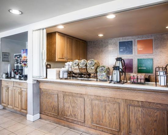 Comfort Inn Bellingham: Breakfast Area