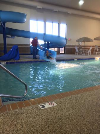 Hampton Inn Rapid City : Hampton Inn's indoor pool with waterslide