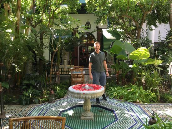 Les jardins de Riad Laarouss: Very nice place!  The cafeteria is great :-)