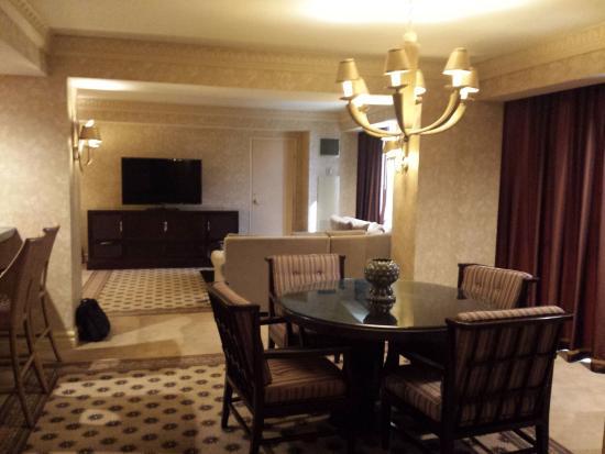 Premier Suite Dining Table Picture Of Luxor Hotel Casino Las Vegas Tripadvisor