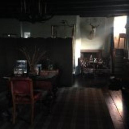 Glenisla, UK: amazing atmospheric light in the lairds room