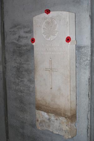 Ottawa, Kanada: Memorial Hall