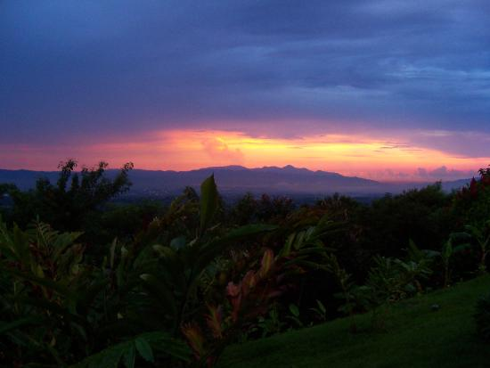 Alajuela, Costa Rica: another great sunset
