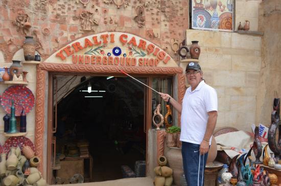 fabrica de ceramica subterranea en avanos - Picture of ...