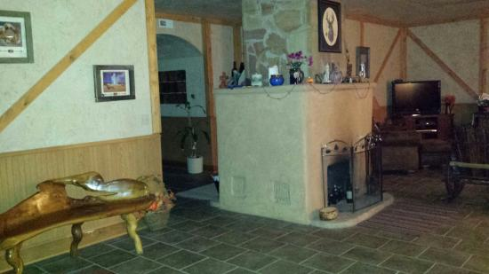 Mulberry Grove, IL: Bear Grove Cabins Bed & Breakfast