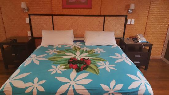 Palm Grove: Beautiful comfy Bed