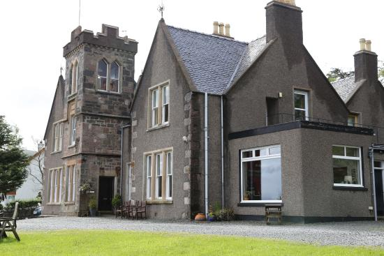 Sconser Lodge Hotel: View of Lodge