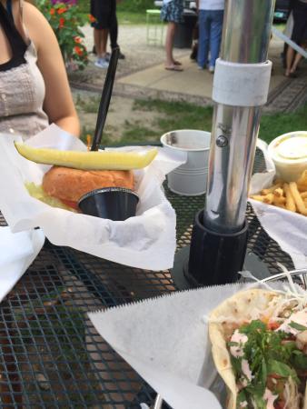 Hartland, VT : Tacos and pork sandwich and crab cake