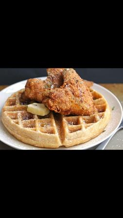 Maple House Chicken & Waffles