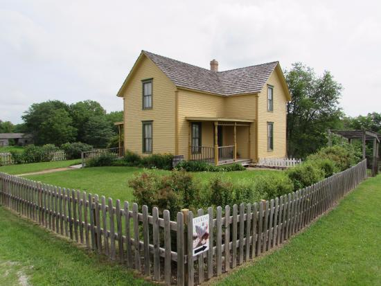 Shoal Creek Living History Museum Farmhouse