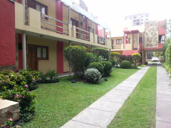 Hotel Del Pilar: Pasillo central