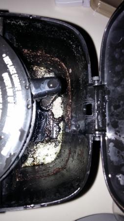 Executive Inn : coffee pot slime