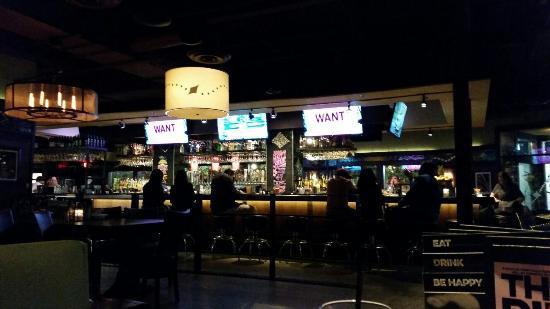 Bar Louie America