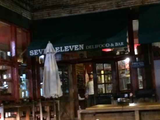 seven eleven delifood bar san isidro restaurant reviews phone number photos tripadvisor