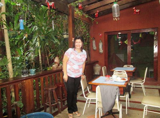 Mayflower Pension: garden cafe