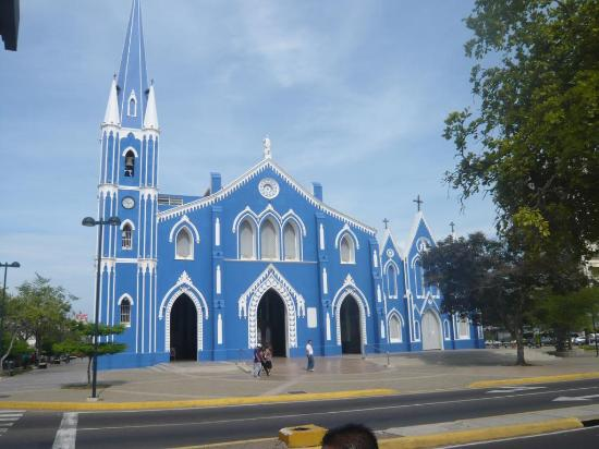 Hotels In Santa Barbara >> Iglesia de Santa Barbara, Maracaibo - TripAdvisor