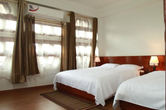 Hotel Yalana : Premium room