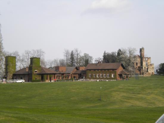 Tenuta Castello - Golf Club Cerrione: Golf club Cerrione. tenuta castello