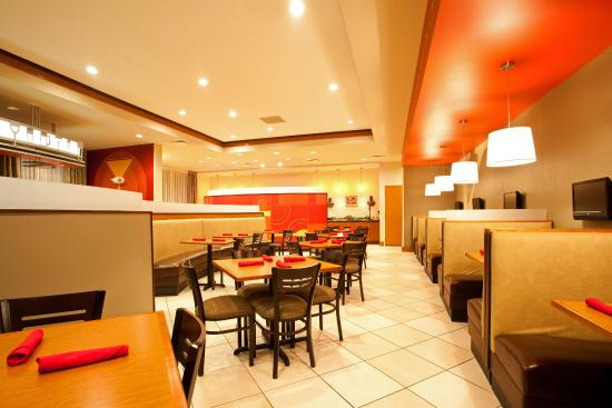 Holiday Inn Aurora North- Naperville: Kems Restaurant