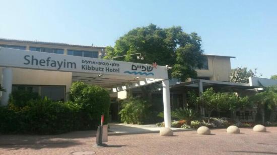 Hotel Kibbutz Shefayim Excelente Atención