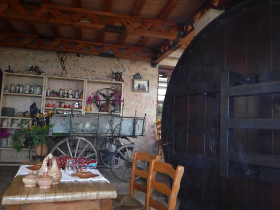 Kaliviani, Grécia: .....