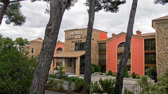 Salles Hotel & Spa Cala del Pi: проходя мимо