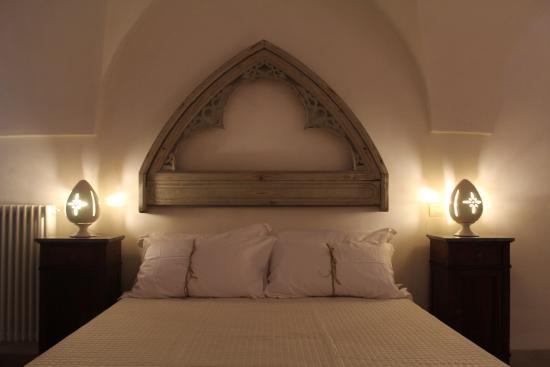 camera da letto stanza aranceto - Bild von Masseria Parco Della ...