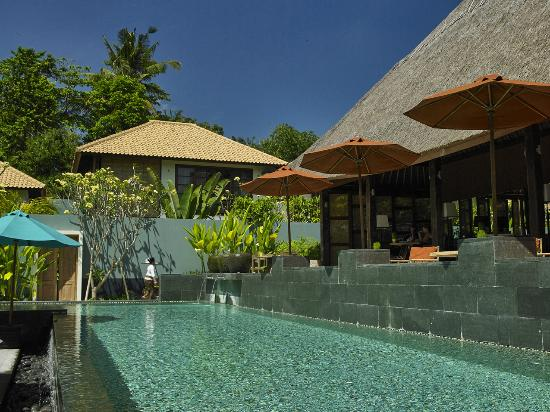 The Purist Villas and Spa: Public Pool & Balisimo Restaurant