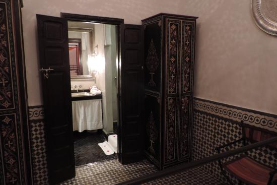 Riad Lhena: Salle de bain Pacha