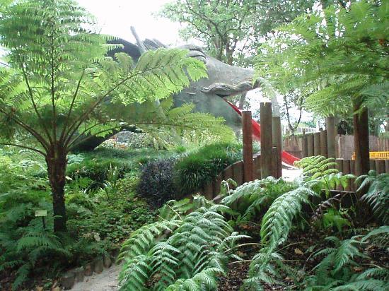 Zona infantil picture of jardin botanico atlantico for Jardin infantil
