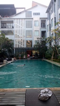 Umalas Hotel and Residence: Kolam renang