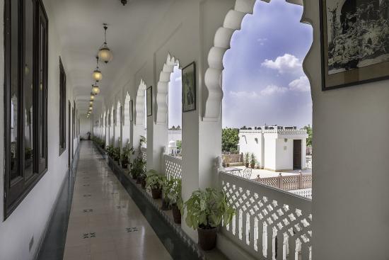 Heritage Khandwa Haveli Hotel