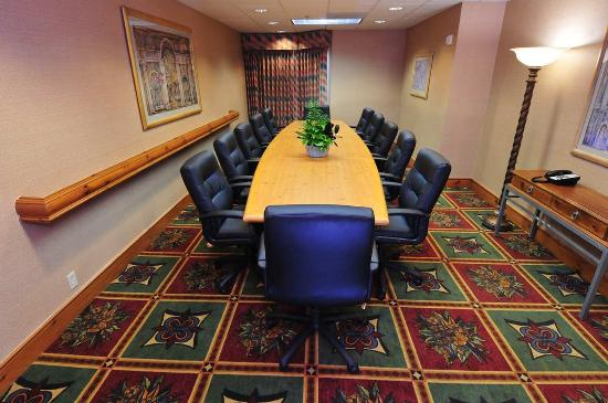 Homewood Suites by Hilton St. Petersburg Clearwater: Boardroom