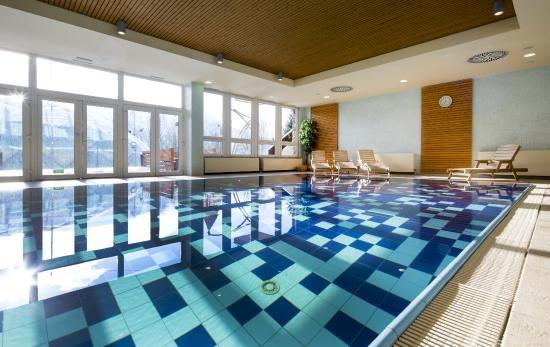 pool picture of orea resort sklar harrachov tripadvisor. Black Bedroom Furniture Sets. Home Design Ideas