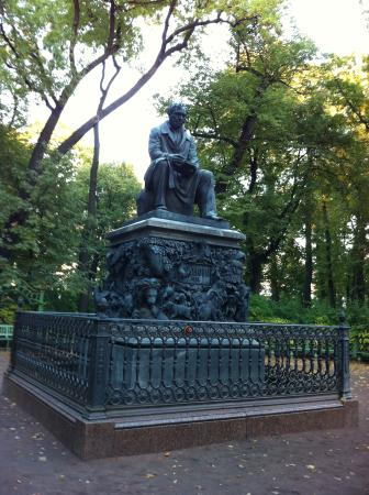 Monument to Ivan Krylov