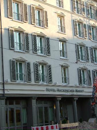 Hotel Hackescher Markt: Front of hotel