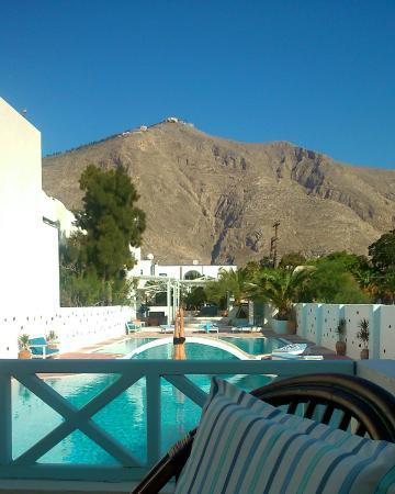 depuis la terrasse du petit déjeuner avec vue sur le monastère