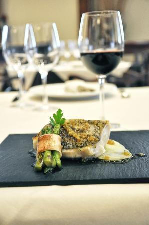 Loiu Hotel : Hotel Loiu - Restaurante Eleizpe