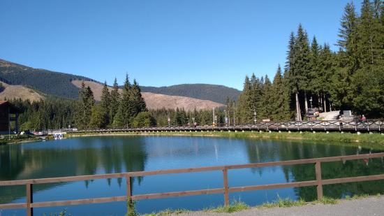 Hotel Fis Jasna : Vista para o lago